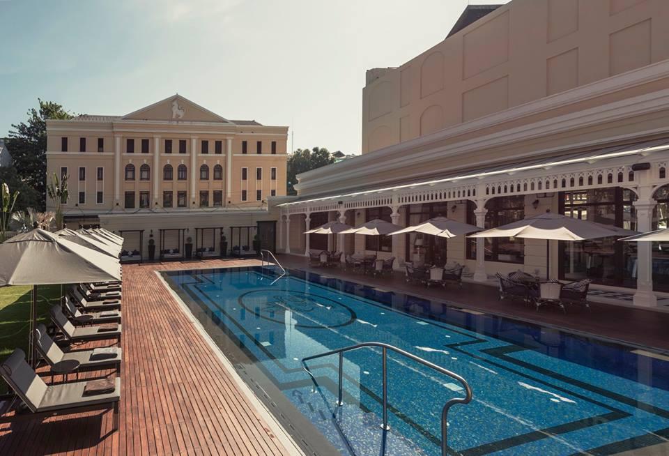 pool-hotel-strand-yangon