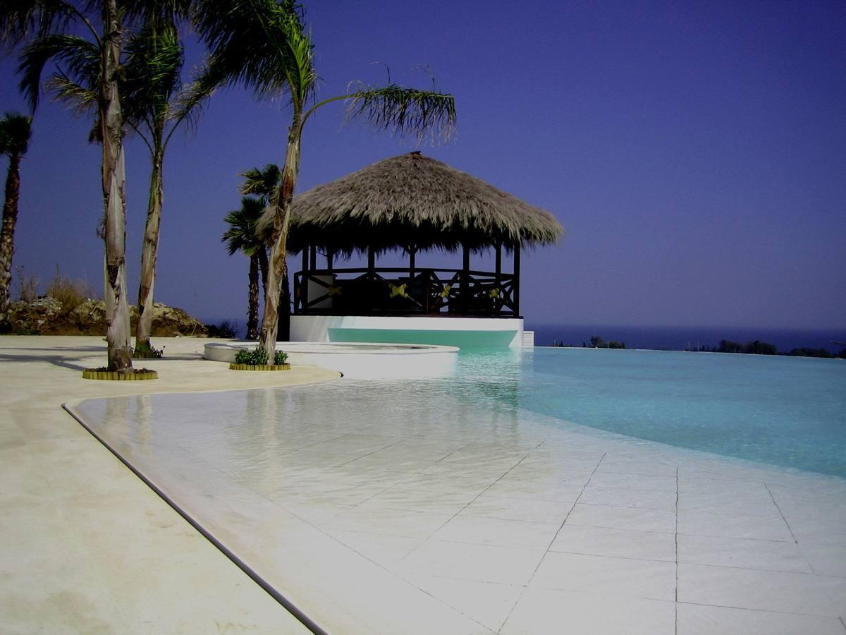 private-pool-marbella